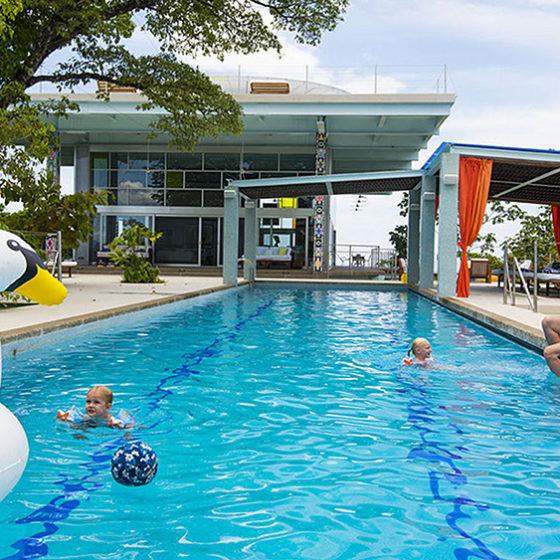Isla Simca Pool
