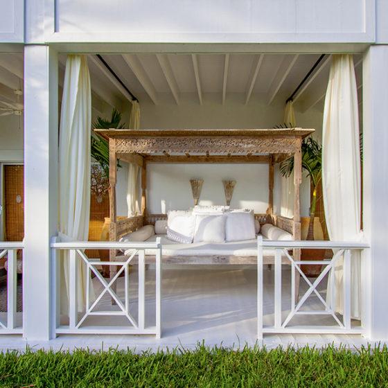 Three Bees Villa Bali Bed