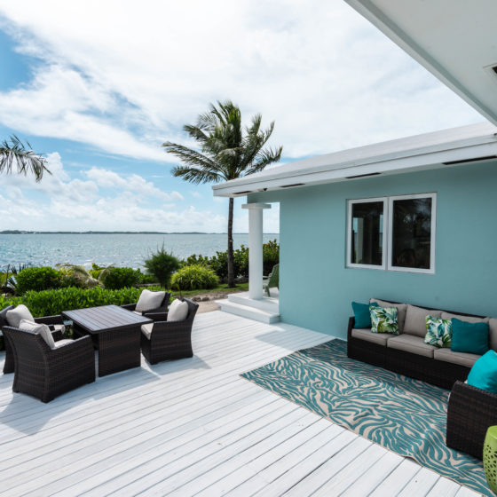 Middle Cay Patio